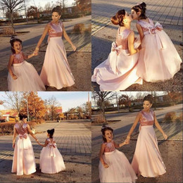 Discount prom beauty pageant dresses Cute Flower Girl Dress Sleeveless Fluffy Tulle Sequin Beauty pageant Little Gilrs First Holy Communion Prom Dresses