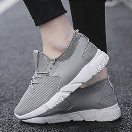slip athletic shoes for men 2020 - Tenis Masculino Tennis Shoes for Women Men Unisex Breathable Sneakers Men Slip on Outdoor Gym Shoes Non-slip Athletic Tr