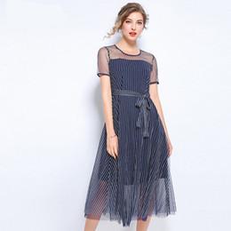 181fd9ca9d Nuevo vestido azul de verano falso delgado de dos piezas de gasa de moda  con paneles falda a rayas vestidos midi tamaño L-5XL