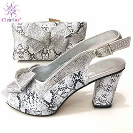 $enCountryForm.capitalKeyWord Australia - Silver Latest Italian Shoes and Bags To Match Set Decorated with Rhinestone African Wedding Italian Clutch and Bag Sets