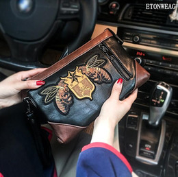 $enCountryForm.capitalKeyWord Australia - Factory wholesale men handbag street cool embroidery hand clutch bag fashion contrast leather mobile phone bag fashion multifunctional leath