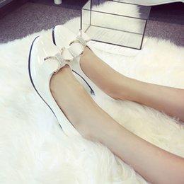 Классическая обувь 2019 новый женский круглый носок дамский вскользь бантом горный хрусталь низкий каблук V1227 на Распродаже