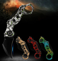 $enCountryForm.capitalKeyWord Australia - OUTLASE Claw Karambit Folding Knife Outdoor Gear EDC Pocket Tool hunting Tactical Knives Scorpion Sharp Claw