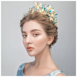 Wholesale HIMSTORY Handmade Vintage Blue Flower Butterfly Tiara Crown Baroque Queen Wedding Party Hair Accessories Princess Bridal Headband Jewelry