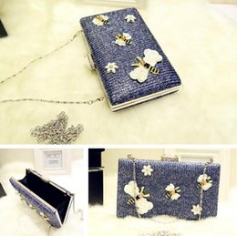 $enCountryForm.capitalKeyWord Australia - Factory sales of brand fashion bag hand bag chain butterfly butterfly cute cartoon Yanbao simple cotton diamond party package