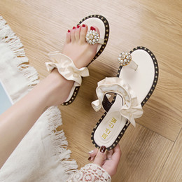 Korean Ladies Canvas Shoes Australia - Summer ladies sandals and slippers Korean version of the new 2019 fashion beach shoes soft bottom comfortable slippers.