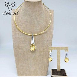 SetS viennoiS online shopping - Viennois Fashion Gold Color Dangle Earrings Mix Color Necklace Jewelry Set For Women Metal Party Jewelry Set
