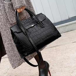 Tote Large Australia - Drands Designer Women Crocodile Bag Women Handbag Hot Selling Tote Women Bag Large Shoulder Messenger Brand Bags Luxury Y19061903