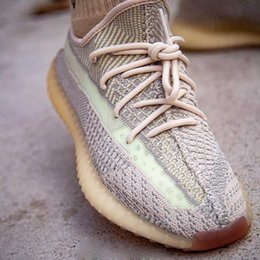 Wholesale socks for mens online – funny 2019 Fashion designer men women Kanye off Running basketball shoes for mens platform star Sneaker Luxury white sock Sneakers