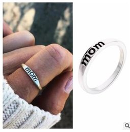 Christmas Gifts Mothers Australia - Letter mom rings band rings for women mother day gifts christmas party birthday gift five sizes 213