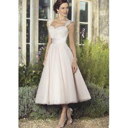 $enCountryForm.capitalKeyWord Australia - 2019 Vintage White Lace Country Wedding Dresses Elegant Tea Length Sweetheart Beach Bridal Gowns With Belt Custom Plus Size Wedding Gowns