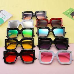 da86f82c8d 9 colores Moda para niños Gafas de sol cuadradas Gafas de verano Little Bee Gafas  de playa decorativas Anti-UV Gafas protectoras para niños CCA11338 30pcs