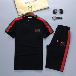 $enCountryForm.capitalKeyWord Australia - 2019 Italy mens sportswear Short sleeve suits Brand Fashion Sweatshirts Letter Sports Suit Running Medusa suit size M-3XL