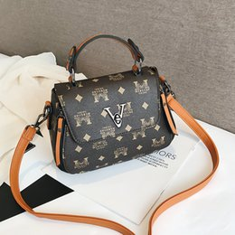 Small Packages NZ - Bag Female 2019 Tidal Lap Satchel Atmosphere Hand Bill Of Lading Shoulder Printing Small Square Package