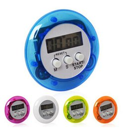 Wholesale Cooking Timer Digital Alarm Kitchen Timers Gadgets Mini Cute Round LCD Display Count Down Tools Battery Installed With Clip