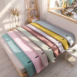 Großhandel Macaron Solid Color Bedspread Weiche Sommer Tröster Quilts waschbare Bettdecke Klimaanlage Quilt Bettdecke Erwachsene Sommer