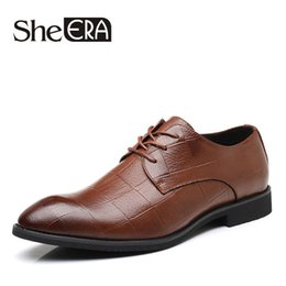 $enCountryForm.capitalKeyWord Australia - She ERA Brand Men Shoes Top Quality Oxfords Male Italian Soft Leather Formal Shoes Men Flats Business Leather Casual