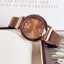 $enCountryForm.capitalKeyWord NZ - Hot sale 34mm high quality exquisite quartz movement women's casual modern fashion watch luxury classic women's clock net belt table suitabl