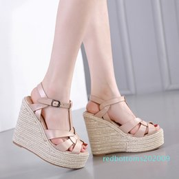 low heeled platform dress shoes UK - Sexy designer sandals ladies wedge sandals knitted straw woven platform shoes luxury women slides size 35 To 40 r09