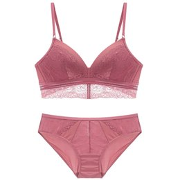 5bf438a921 3 colors wireless bralette and panties sets 2018 new deep-v neck sexy women  underwear bra set France lace fashion lingerie suit