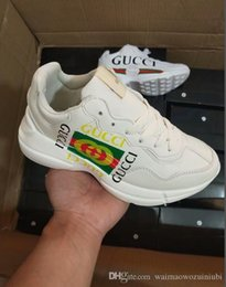 Detachable Shoes Australia - 2019 new fashion man woman Running Shoes men Sneakers Forces Men Trainers Sports Skateboard One Sports White Orange Air Designer Sneakers