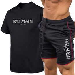 Long sLeeved t shirt men online shopping - 2019 Balmain Men Designer T Shirts Breathable Suit Casual New letter printing men women printed short sleeved T shirt pants suit