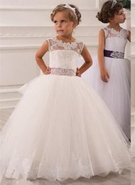 $enCountryForm.capitalKeyWord Australia - Beautiful Kids White Princess Wedding Dresses 2019 Lace Appliques Pearl Long Sleeves Girls Pageant Gown Tulle Flower Girl Dress
