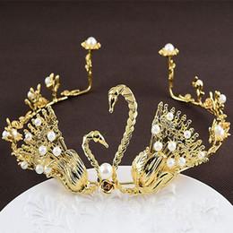 $enCountryForm.capitalKeyWord Australia - Vintage Style Pearl Bridal Crown Bride Tiaras Hairwear Wedding Gold Hair Jewelry Ornaments Accessories Party Headband
