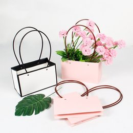 pvc wrapping paper Canada - 5Pcs Square Kraft Paper Tote Bag Flower Wrapping Bag DIY Florist Bouquet Packaging Gift Box Kitchen Storage Organization