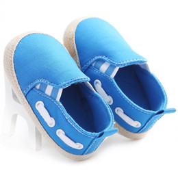 China New Beautiful Cotton Newest Baby Girl Shoes Infant Boys Girls Baby Shoes Solid Blue Canvas Casual Soft Sole Prewalkers cheap newest casual shoes suppliers