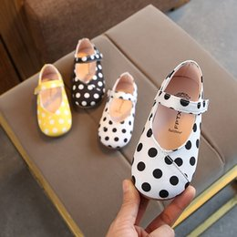Baby Girls Polka Dot Shoes Australia - Spring And Summer Children's Shoes Wild Girls Princess Polka Dot Flat Shoes Baby Casual Soft Bottom Dance Shoes