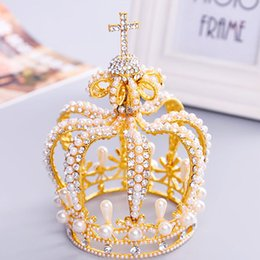 Discount royal hair color - New Tall Royal Wedding Tiara Bridal Pageant Beauty Pearl Crown Tiaras Contest Rhinestone Tiara Rose Gold Color Full Crow