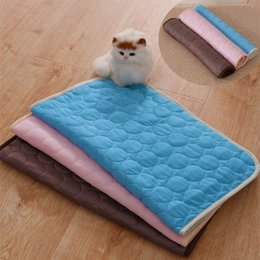 ice housing Canada - Houses Summer Cooling Mats Blanket Pet Dog Bed Sofa Portable Cooling Mat Pad Sleeping Cooler Mats For Dogs Cats Pet Ice