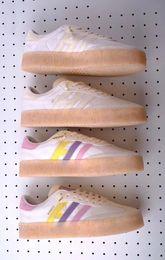 $enCountryForm.capitalKeyWord Australia - New Sambarose Snake Women Running Shoes For Men High Quality Fashion Pink Blue Black White Samba Designer Rose Sneakers Athletic Shoes