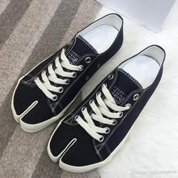 $enCountryForm.capitalKeyWord Australia - High quality split type horseshoe shaped toe partial split canvas shoes female spring new Japanese style repair female belt single shoes qu