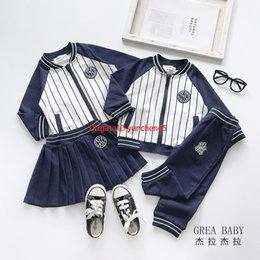 uniform boy girl Australia - Fashion high-end 2019 autumn new boys and girls baseball uniforms suit uniforms comfortable sportswearc5