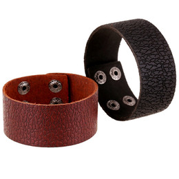 Wholesale 2019 New Trendy Handmade Rock Style Popular Mens Black and Brown Leather MM Width Cuff Bracelet