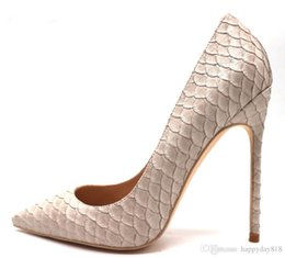 $enCountryForm.capitalKeyWord Australia - Free Shipping Real Photo Luxura Genuine Leather Fashion Real Pic Discount Brand New Beige Python Snake Pointed Toe High Heels Pumps Shoes