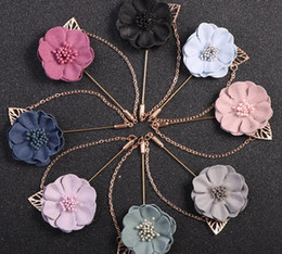 $enCountryForm.capitalKeyWord Australia - Gardenia Flower Boutonniere Stick Brooch Leaf Pin with Chain Mens Suit Accessories Woman Cloth Lapel Pin Brooch best Jewelry gifts
