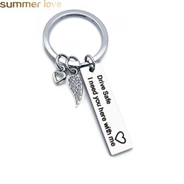 $enCountryForm.capitalKeyWord NZ - Personalized Engraved Keychain Drive Safe I need you here with me Key Chain Couples Keychains For Hunsband Boyfriend Jewelry Gifts