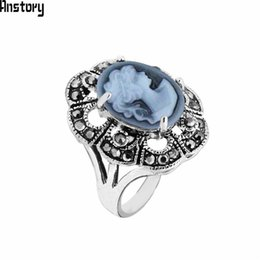 women vintage rings NZ - Cheap Rings Oval Lady Queen Cameo Rings For Women Antique Silver Plated Rhinestone Plum Flower Vintage Fashion Jewelry TR708