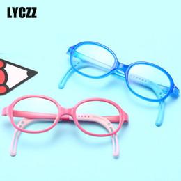 0d2a68ac86 LYCZZ retro niños marco de gafas Ópticas Niño niña de silicona Miopía Gafas  Marco niños Anti-blue light gafas graduadas