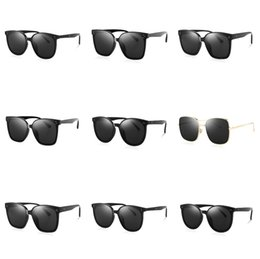 best mens designer sunglasses NZ - 2020 Wholesale New Best-Selling Classic Mens And Womens Metal Frame Sunglasses UV400 Designer Style Luxury Sunglasses Free Shipping#996