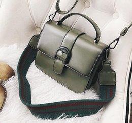Laptop Bag Shoulder Straps NZ - Factory wholesale brand handbag retro clamshell Leather Laptop bag simple wide straps woman single shoulder bag all-match retro woman handba