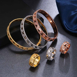 $enCountryForm.capitalKeyWord Australia - HONGHONG High-quality Bangle & Bracelet Rings Jewelry Suit for Women Kaleidoscope Bracelet Rings sets Fashion Jewelry #TH80001