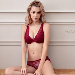 $enCountryForm.capitalKeyWord NZ - Victorian Sexy Lace Small Chest Wei Embroidery Deep V Close Air-permeable Lady's Underwear Low-waist Pants Nylon Bra Suit