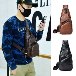 $enCountryForm.capitalKeyWord UK - 2019 The Newest Fashion Suit More Clothing Men PU Leather Sling Chest Pack Crossbody Sport Shoulder Bag + USB Charging Port