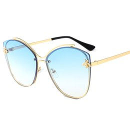 Ocean Frames Australia - Fashion sunglasses new Europe and America ladies metal frame bee sunglasses sunglasses ocean glasses
