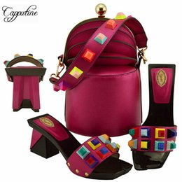Shoe Purse Matching Australia - Designer Hot Selling Italian Woman Elegant Fashion Shoes And Purse Set High Quality Italian Pu Rivet Shoes With Matching Bag Set Md011