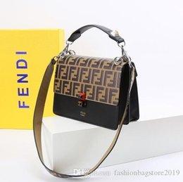 $enCountryForm.capitalKeyWord Australia - Men s travel Bags Women bag real Leather Handbags Leather keepall 45 Shoulder Bags totes 05